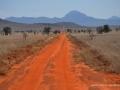 ke13-324-kenia-taita-hills-rote-piste